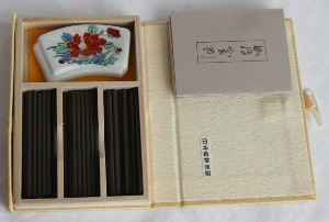 Japanese Incense Sticks | Nippon Kodo | Kyara Kongo (Aloeswood) | 60 Short Sticks boxed & bound