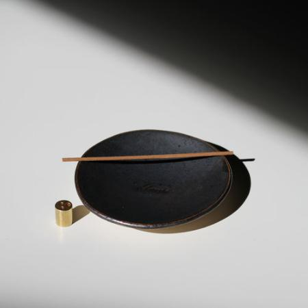 Ume | Titanium Grey Stoneware Incense Dish and Gold Coloured holder Set