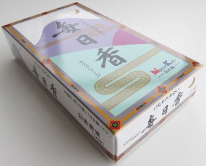 Japanese Incense Sticks | Nippon Kodo | Mainichikoh Moss | 300 Boxed (Sandalwood/Moss)